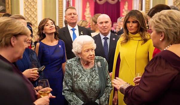 """凯特与加拿大总理相谈甚欢,舞动双手,梅根和特鲁多也算""""老友"""""""