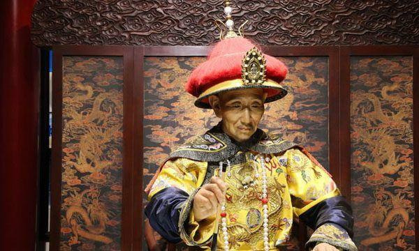 纵观中华五千年历史,如果你是皇帝你会选择哪一款龙袍登基呢?