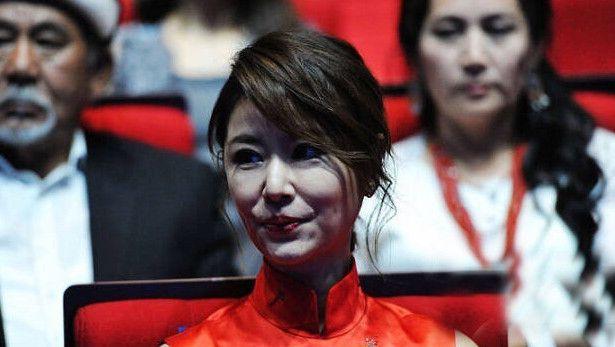 继林心如之后,又一个倒在视觉中国镜头下的女星,网友:不忍直视