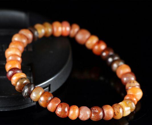 天然奇石之美,无法言喻,欣赏有钱人收藏的天然奇石手串