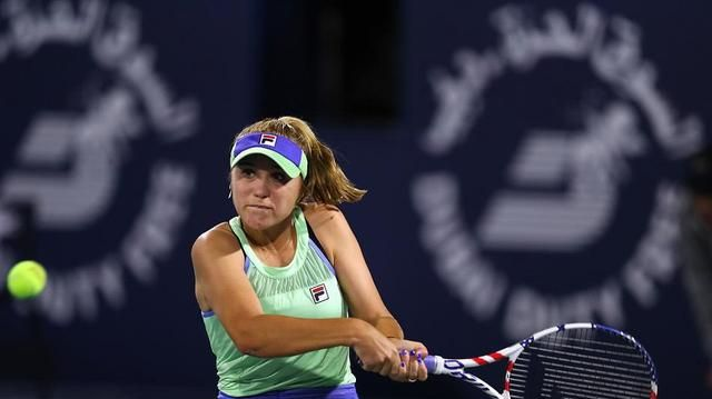 2020年WTA迪拜公开赛,澳网女单冠军肯宁1比2莱巴金娜早早出局