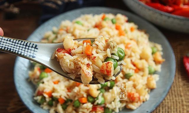 解锁吃小龙虾的新方式,餐馆不能吃,颜色和味道,孩子喜欢吃。