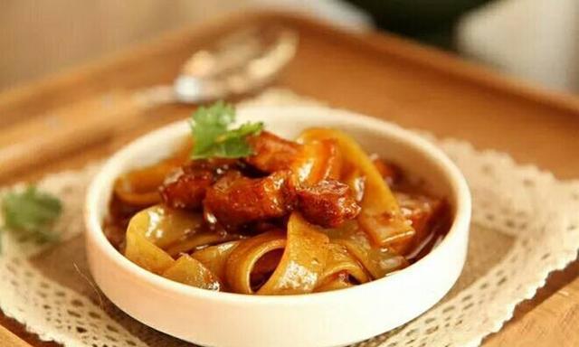 东北人最忘不了的家乡菜?不是小鸡炖蘑菇,原来是这一道