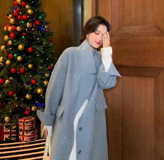 蓝色韩版慵懒风呢子大衣,尽显温柔迷人