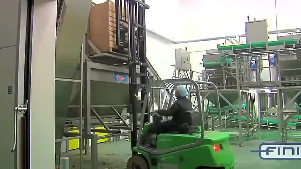 惊人的食品工业自动化,洋葱剥皮处理机械加工的过程,神奇