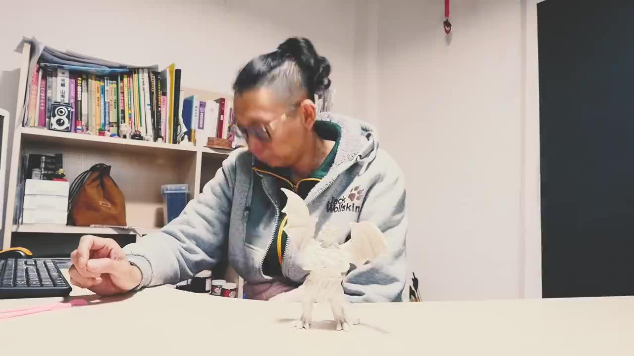 夜行神龙手工泥塑作品手工达人自制手办认识它就暴露年纪了