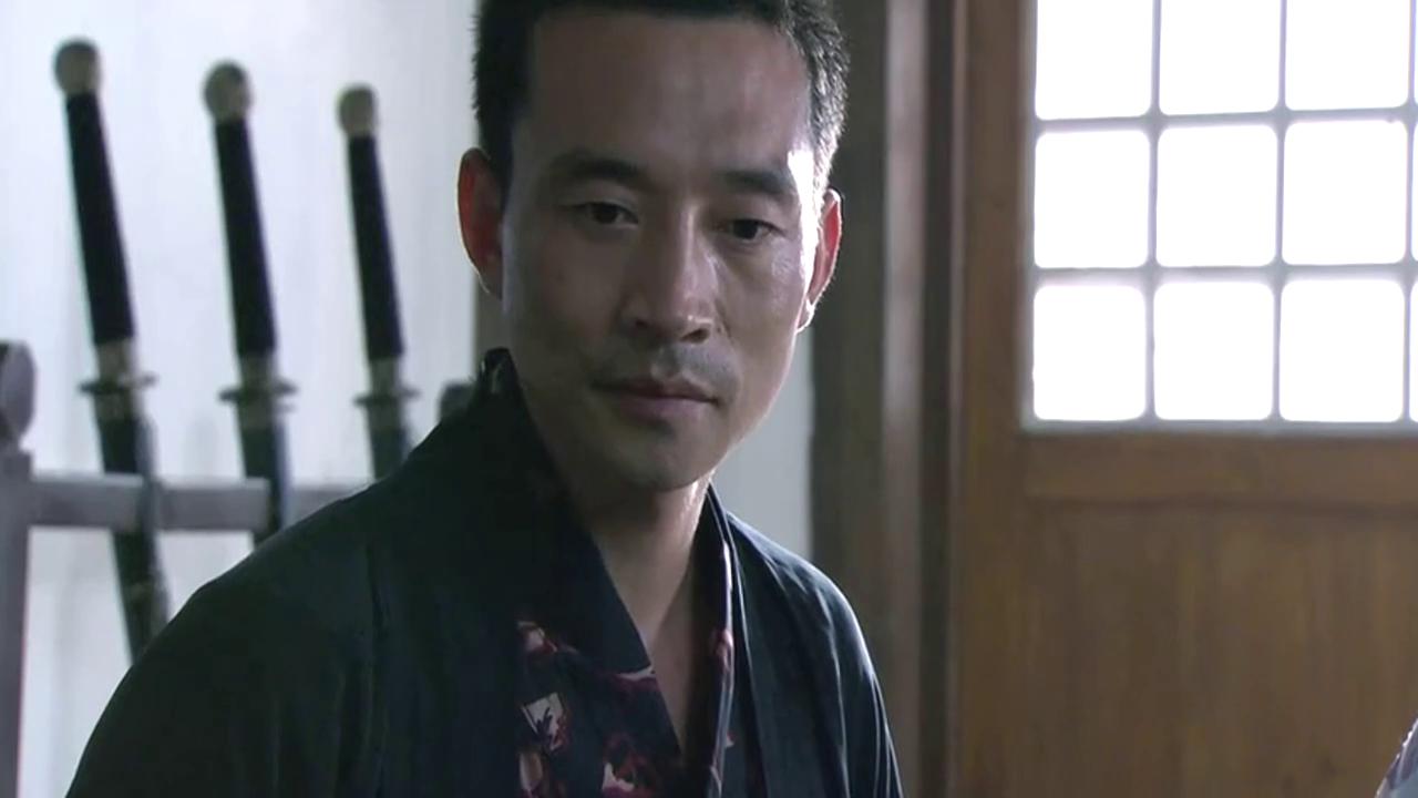 山本冈夫是个知轻重的人,知道李小龙是不简单的!