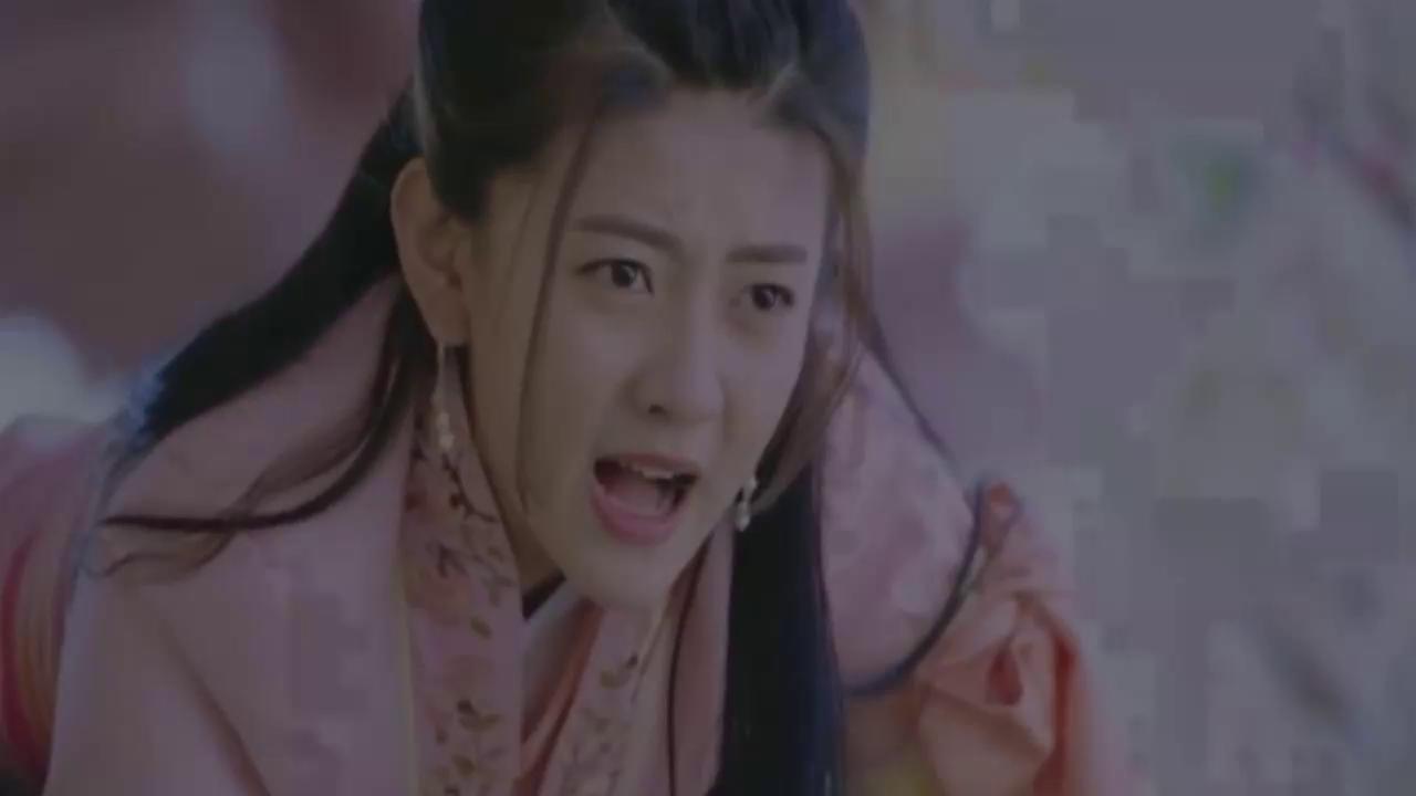 《双世宠妃2》墨连城穿越回现代,知道娘炮含义,怒吻小檀当惩罚