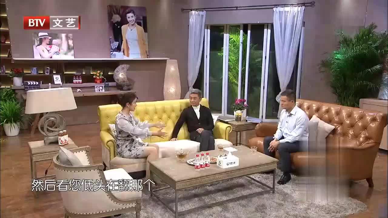 杨宇军做客节目揭秘国防部新闻发言人的工作手册