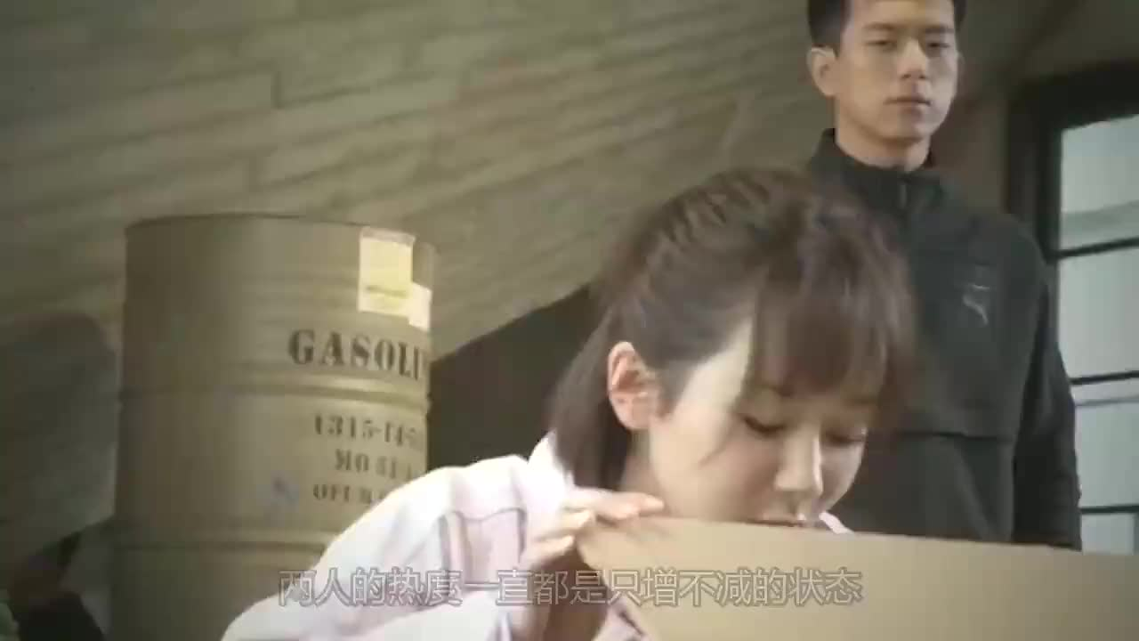 李现在电梯里偶遇杨紫一句话暴露两人关系杨紫不淡定了