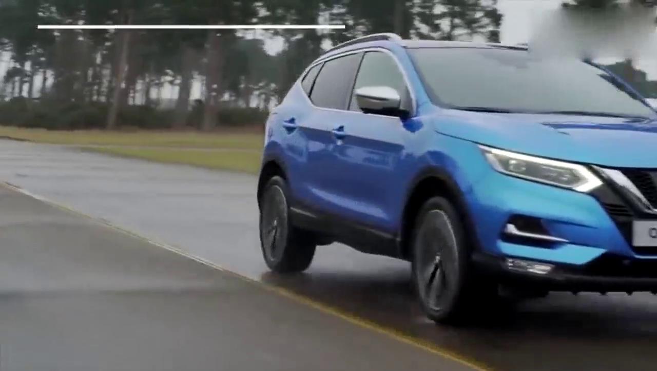 视频:2018款日产逍客 vs 丰田C-HR技术型对比