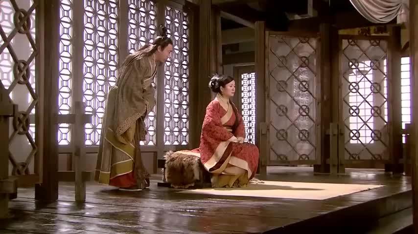 女子的夙愿终于实现成为一人之下万人之上的太后大臣当场跪拜