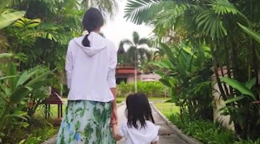 张梓琳3岁女儿身高令人震惊 果然基因强大