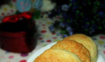 手把手教你做绿豆肉松饼,过节走亲访友必备点心,自已做更健康