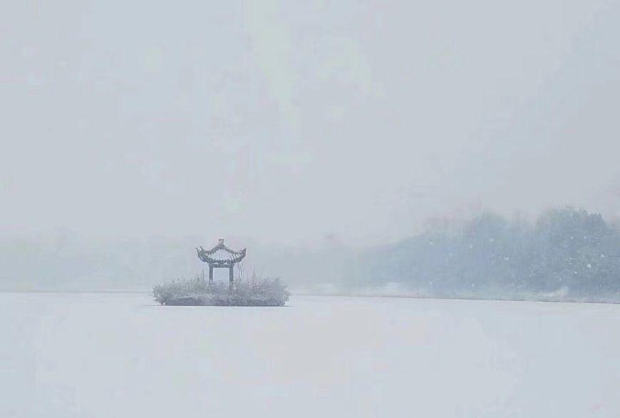 开封的雪景,太美了!