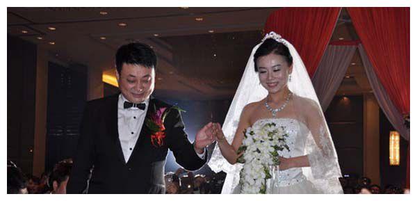 拉呱小么哥老婆是谁 原来8年前他就结婚了