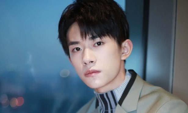 明星势力榜:王俊凯上榜,同为一个组合的易烊千玺排名大幅上涨