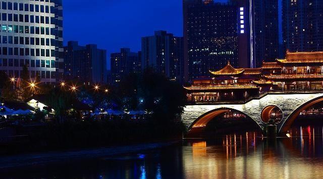 """最佳旅游城市""""蓉城""""成都,风景名胜居多,还拥有大熊猫基地!"""