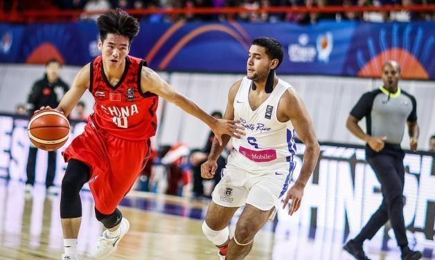 中国男篮天才后卫闪耀国际赛场 小郭艾伦狂砍30分4次助攻!
