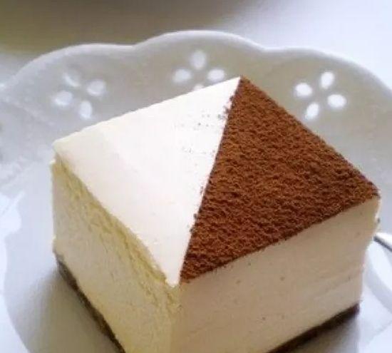 这蛋糕外表精致小巧,丝滑柔软的芝士,冷藏后口感更佳