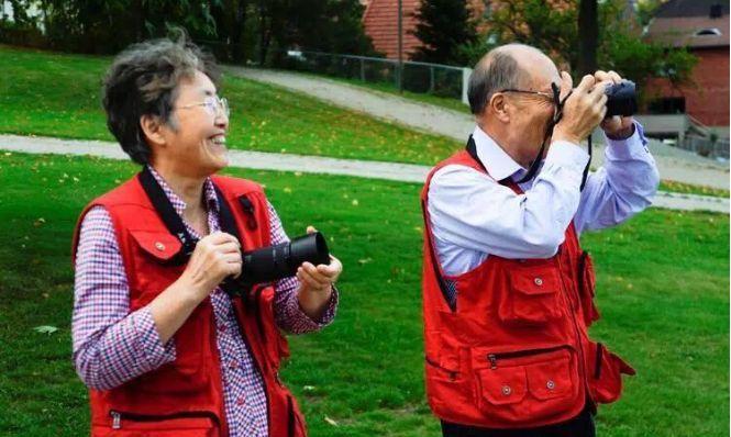 几百块的跟团游,为何如此受老年人的欢迎,这样的旅行值吗?