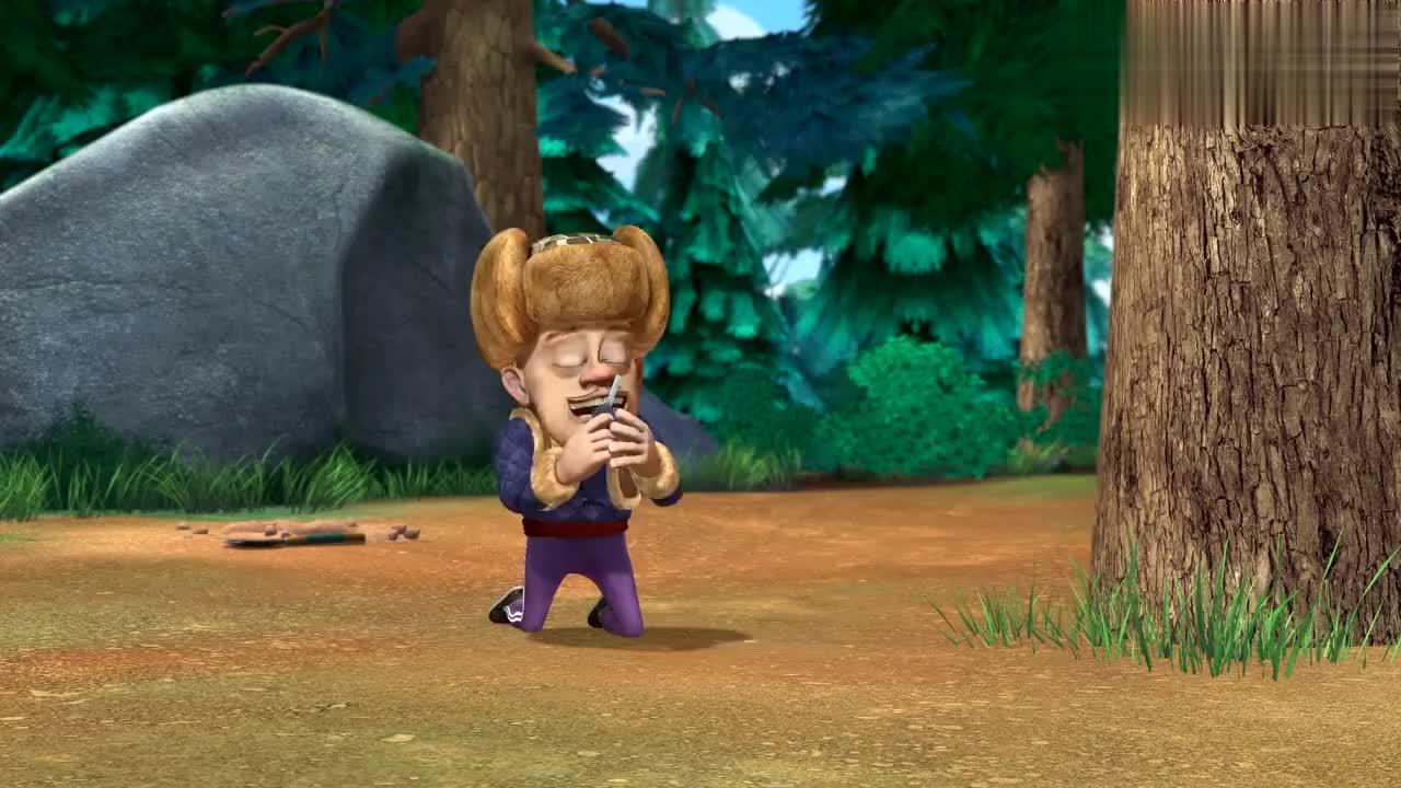 熊出没光头强在森林里找水晶兰他保证找到水晶兰就不砍树了