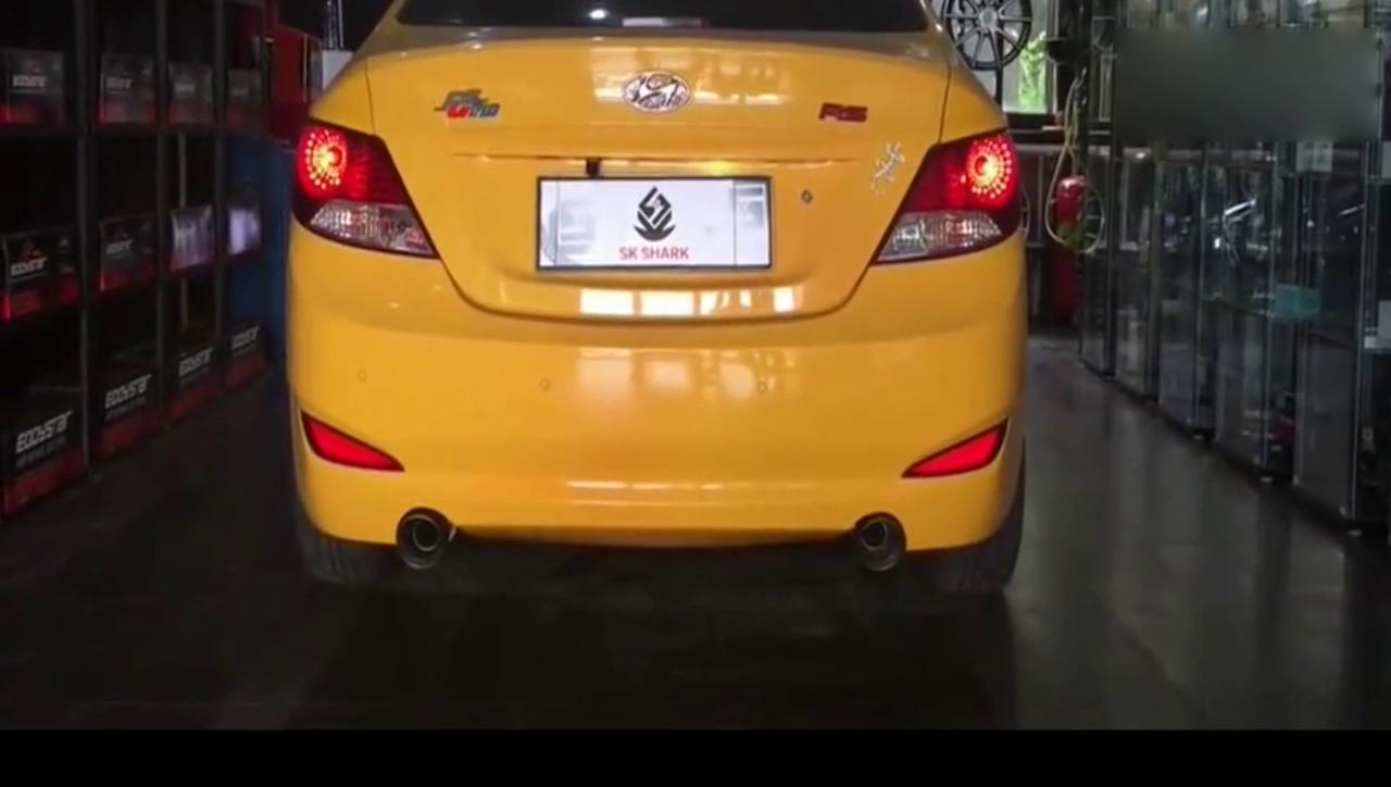 视频:实拍:现代瑞纳改装SKSHARK中尾段排气管,声浪试听