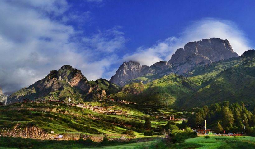 """旅游:这座""""非著名""""山峰比名山大川更漂亮"""