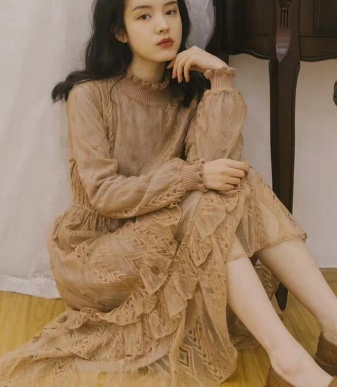 复古风的女神穿搭,彰显独特的迷人魅力