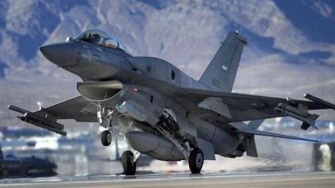 印尼宣布进口F16,歼10国际军火市场难以暂稳脚步