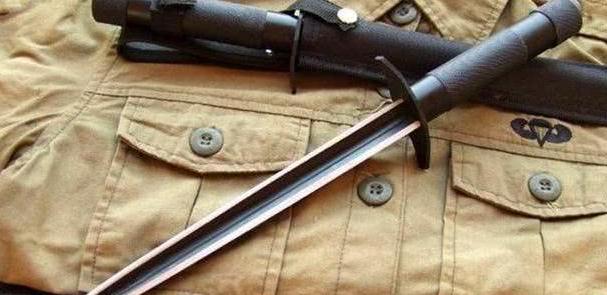 三棱刺刀有多厉害,解放军用了40年,它如何让敌人闻风丧胆?
