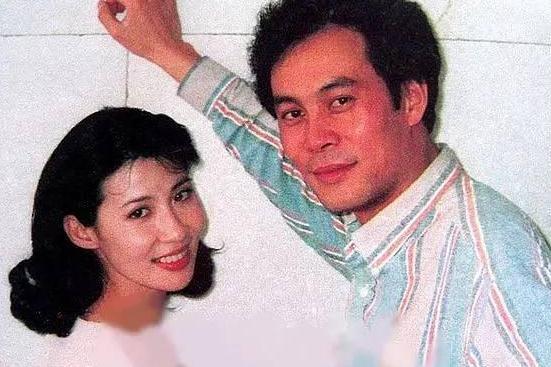60岁老戏骨张光北,低调娶演员陈炜,如今女儿颜值高也是演员