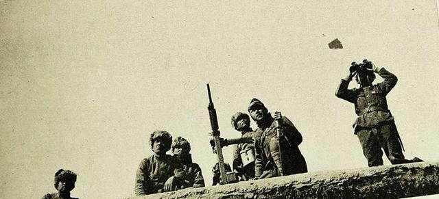 抗战老照片:图1日寇用高射机会对中国军机,图5抗战老兵的敬礼