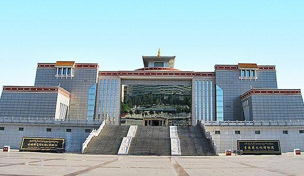 西宁博物馆展示罕见藏医外科器械 4000年前竟能做开颅手术?