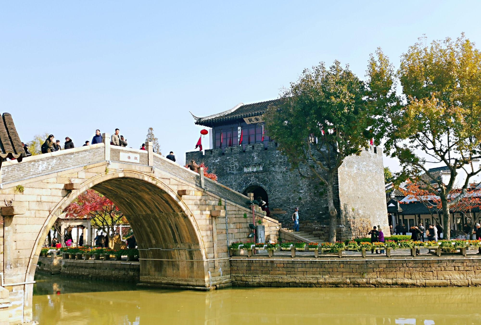 唐诗张继《枫桥夜泊》的创作地:苏州枫桥及寒山寺