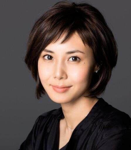 45岁的最美女星,韩国有宋允儿,日本有松岛菜菜子,中国有她!