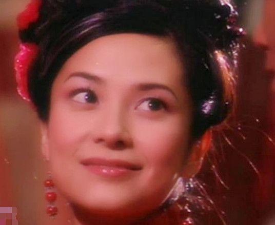 郭羡妮版的织女PK安以轩版的织女,同样美丽动人,你更喜欢谁?