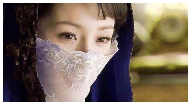 8位女星戴面纱,杨幂赵丽颖唐嫣刘诗诗林心如迪丽热巴谁最惊艳