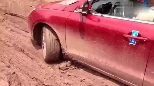 视频:艾瑞泽7激情试驾重庆到天堂坝