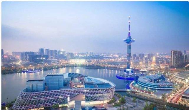 中国百强城市之一,也是唯一没山的城市,拥有江苏首个自然遗产