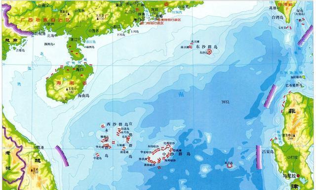 南沙群岛万安滩和曾母暗沙比较,万安滩地理位置最好,便于把控