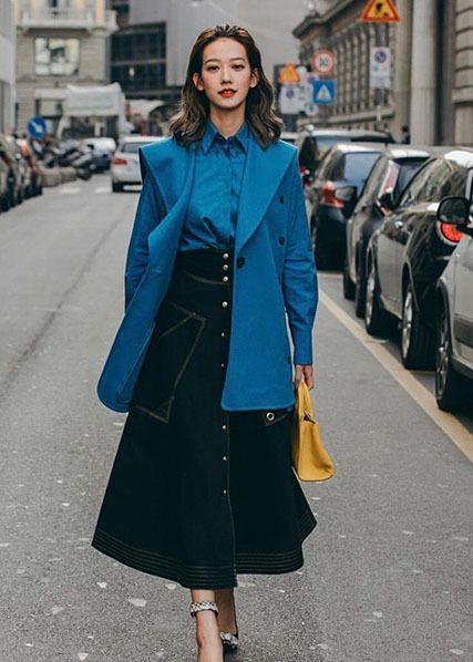 孟耿如,巴黎最新街拍,御姐范十足,黄子佼真是好有眼光