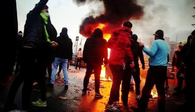 伊朗抗议活动持续升级,致多名军人平民死亡,联合国呼吁保持克制