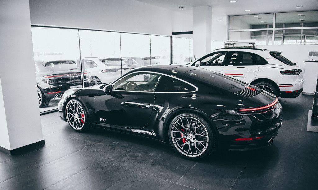 保时捷911 Carrera 4S,最大马力309匹,3.7秒破百,你喜欢吗?