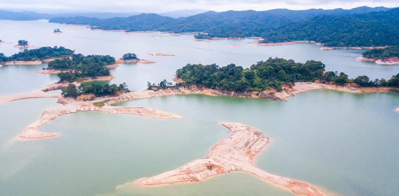 """这里是广东最大的湖泊,风景美如""""桃花源"""",远离喧嚣绿意盎然!"""