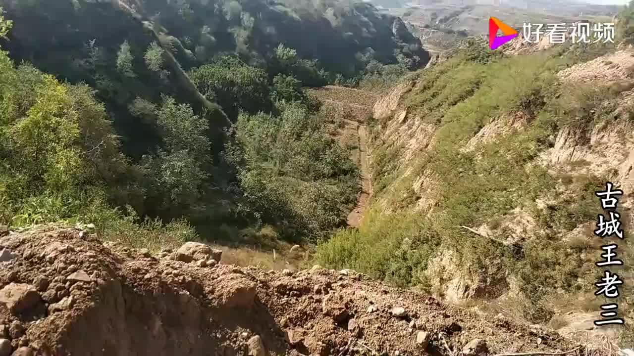 山西一个小山村有当年为抗日挖掘的地道和碉堡准备开发游览