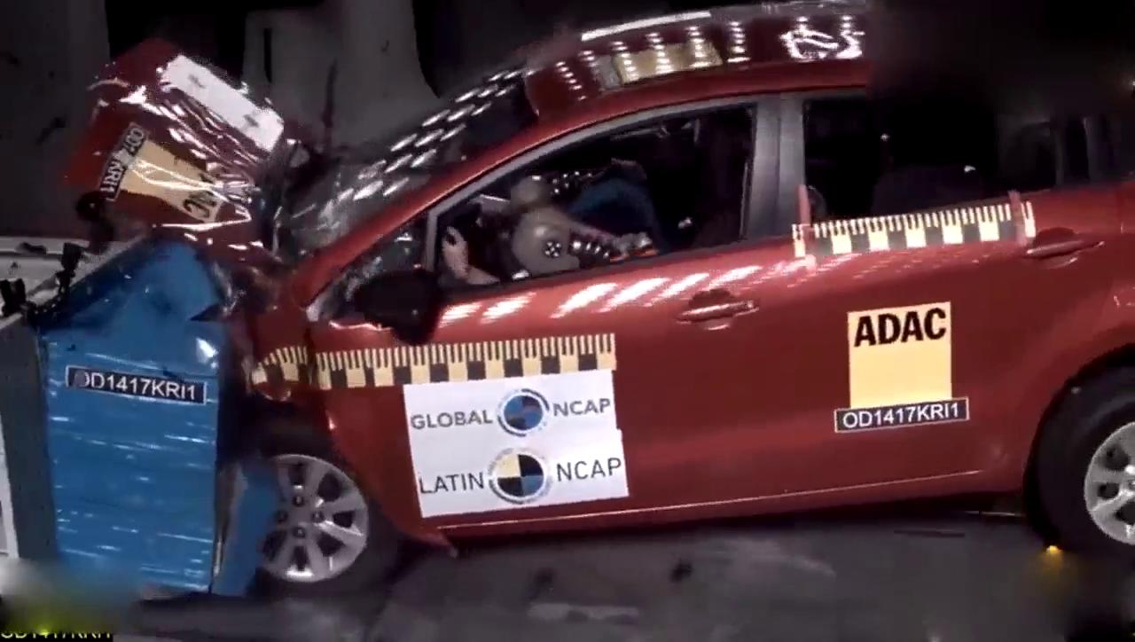 视频:新一代起亚Rio碰撞测试
