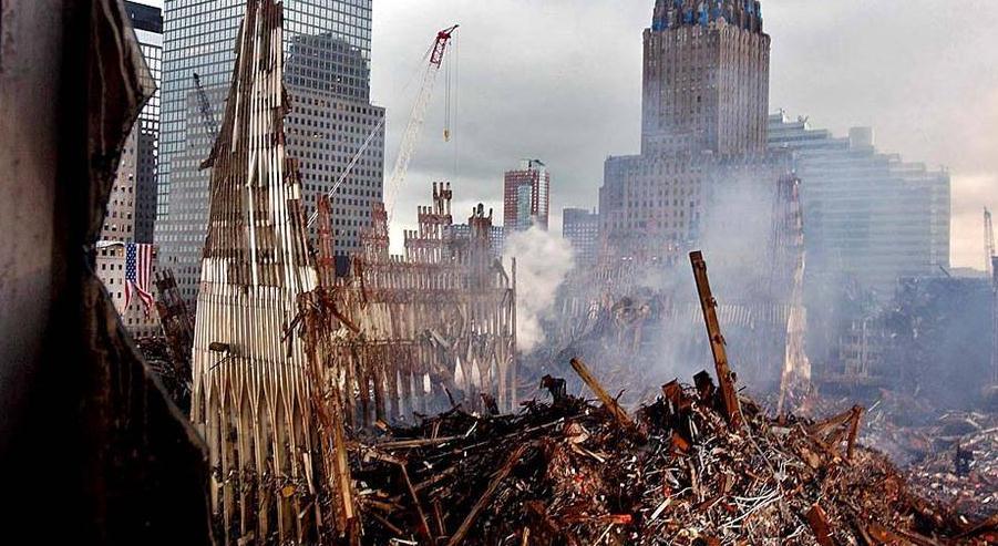 拉登为何袭击世贸中心?专挑美国死穴,间接损失5000亿美元