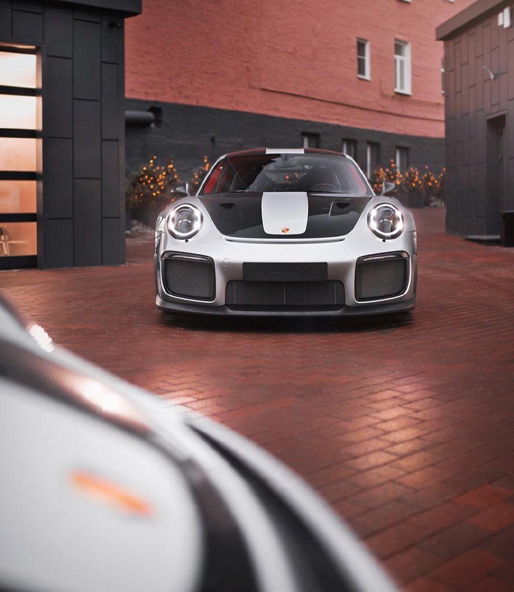 保时捷911 GT2 RS,最大马力700匹,2.8秒破百,你喜欢吗?