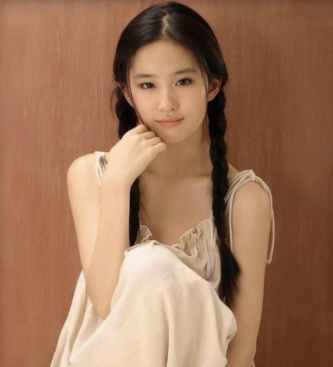 清纯女神刘亦菲真是越看越好看